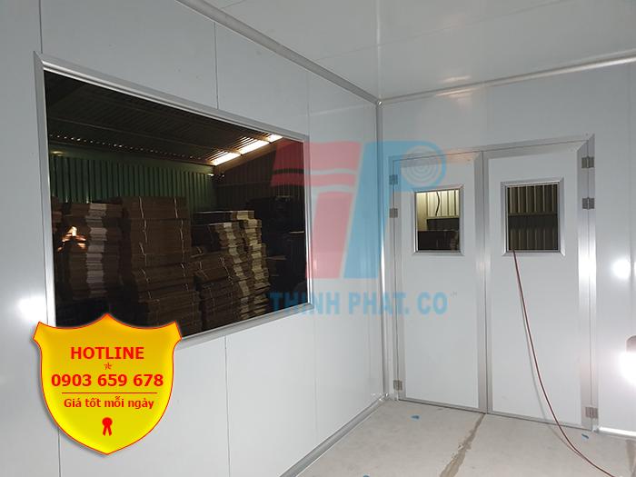 Cửa phòng sạch làm từ panel cách nhiệt